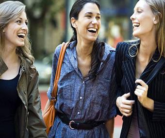 للنساء فقط.. أسرع طرق استعادة النشاط والتواصل مع من حولك