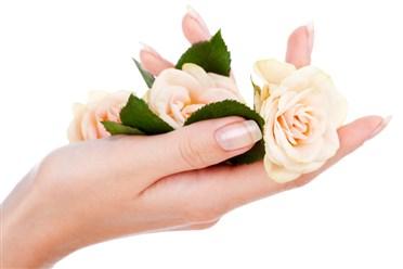 الوصفة الفعالة للقضاء على تشقق اليدين ان شاء الله تعالى باش نفرحوا بيدينا شويا ههههه