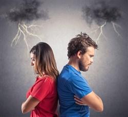 أكاذيب قد تدمر زواجك
