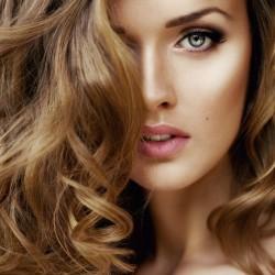 وصفة لإعادة لون الشعر الأصلي بعد صبغه