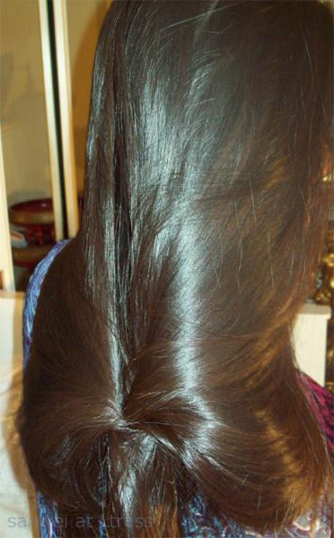 شعر طويل وكثيف