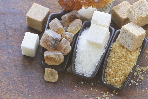كمية السكر والملح المسموح لكِ بتناولها يوميًا