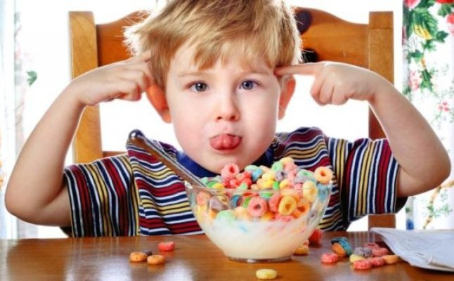 كيف يتم علاج فرط الحركة عند الاطفال؟