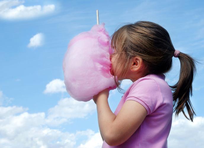 """""""غزل البنات"""".. سرطان مغلف بنكهة السكر"""