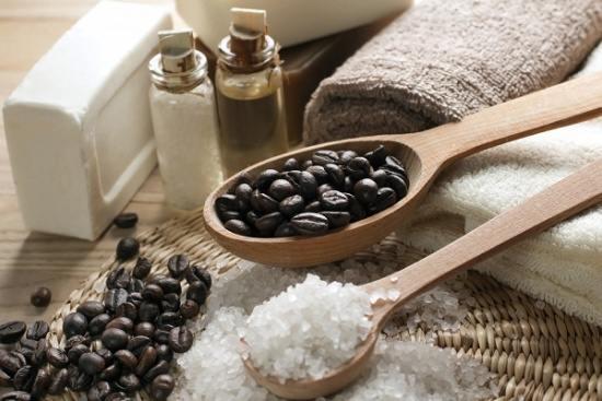 القهوة للتخلّص من السيلوليت وتمدّد الجلد