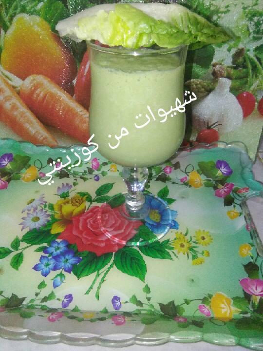 عصير مقوي وصحي بالخس وبنكهة الفستق